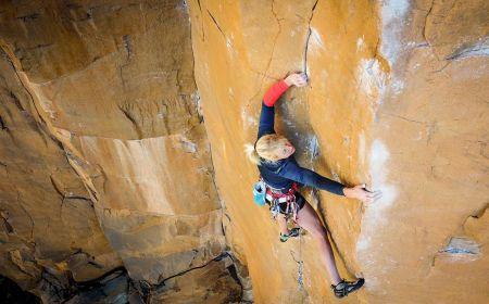 Brittany Goris v cestě East Coast Fist Bump (5.14a, trad), Foto: Erik Anderson