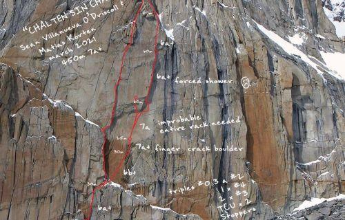 Cesta Chalten sin Chapas v severní stěně El Mocho. Foto: Patagonia Vertical