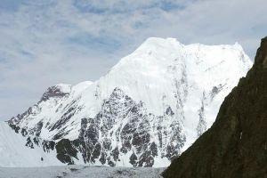 Praqpa Ri (7134 m n. m.), foto: Simon Messner