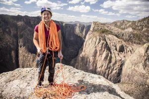 Sasha DiGiulian na vrcholu El Gigante po přelezení cesty Logical Progression,  foto: FB Sashi DiGiulian