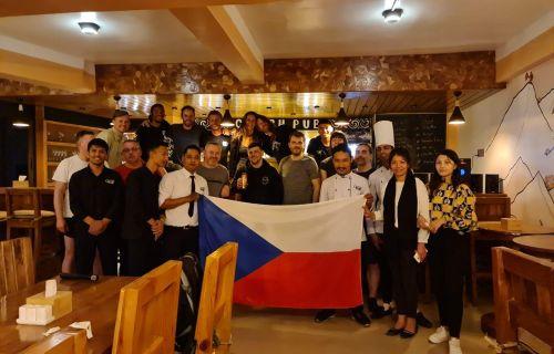 Otevření Czech Pub v Káthmándú